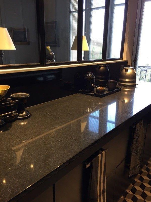 Granit Noir Zimbabwe 20 Mm D Epaisseur Finition Polie Brillante Granit Noir Plan De Travail Granit Granit
