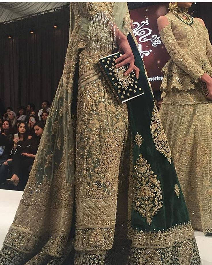 Shehla Chatoor Pakistani couture