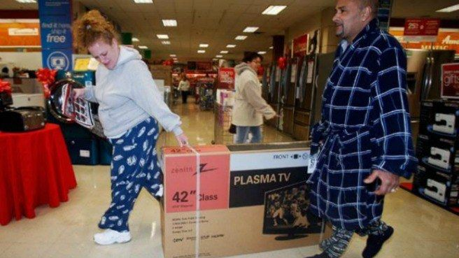 Black Friday: Best Memes & Funny Photos Of Shopping Day