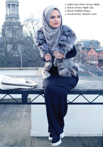INAYAH Street Look | Hashtag Hijab