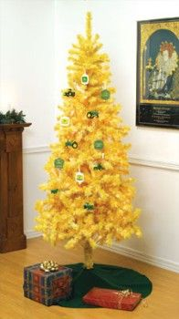 """Still Waters--Notes from a Virginia Shire: """"Christmas Decorations in Yellow"""""""