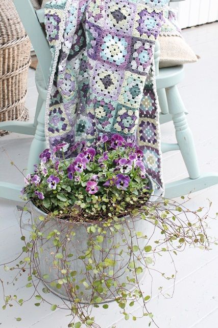 ao with <3 / flowery crochet colors