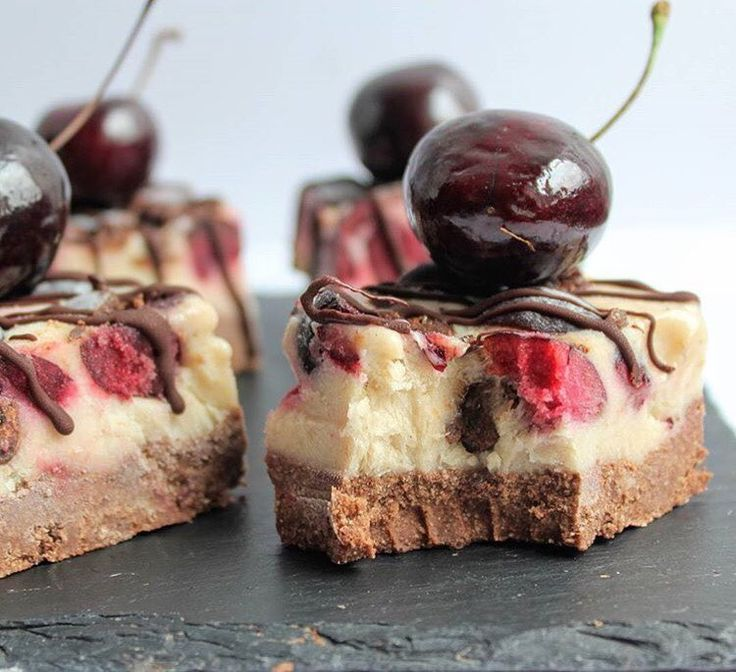 How good do these chocolate and cherry ice cream bites look by @spamellab  Repost from @spamellab - Celebrate with these #nobake #vegan #glutenfree #dairyfree #norefinedsugar Chocolate & Cherry Ice Cream Bites  . . Get your cherry ingredients from http://ift.tt/1R4GPCl and recipe at  http://ift.tt/2eLN16w . . #SpamellaB #indulginginnocently #cherryactiveaustralia  #chocolate #icecream #nicecream #summer #dessert #treat #eatwell #healthyliving #healthyeating #recipecreation #recipedeveloper…