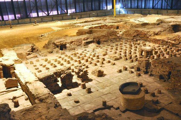 Fundamenten romeins badhuis