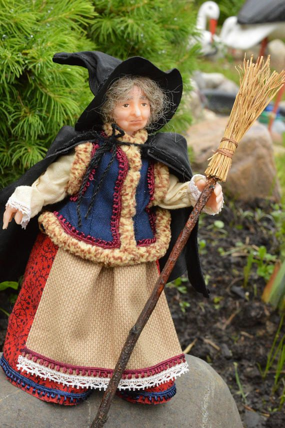 RESERVE  RESERVE    RESERVE   Witch  Miniature Doll