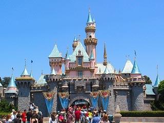 Disneyland...must go when I visit CaliAngels Born, Favorite Places, Travel Led, Happiest Places, Fav Places, Families Vacations, Los Angels, Disneyland Pictures, Disneyland California