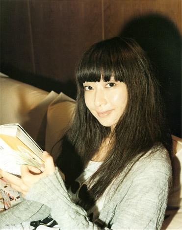 Kaori Mochida (Japanese Singer / ELT). Felt (Free magazine) 2009.