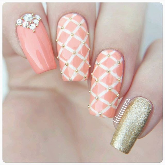 Quilted Nails with Bling!