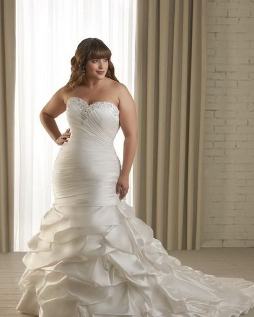 Wedding Gowns For Full Figured Brides: 130 Best Full-figured Bridal Gowns Images On Pinterest