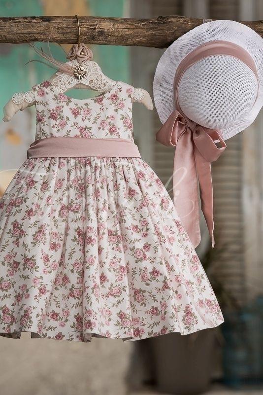 Φλοράλ φόρεμα βάπτισης Vinte Li 27278 με ψάθινο καπέλο 182456fb50d