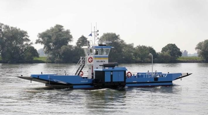 Double Ended Ferries - for passenger and car transport in inland, coastal and seagoing waters. http://www.damen.com/en/markets/double-ended-ferry