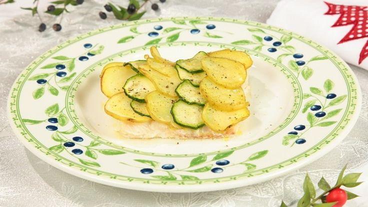 Nasello in crosta di zucchine e patate