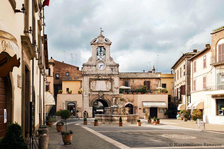 Piazza del Comune - Sutri Viterbo (Italy) by Massimiliano Ranauro on 500px
