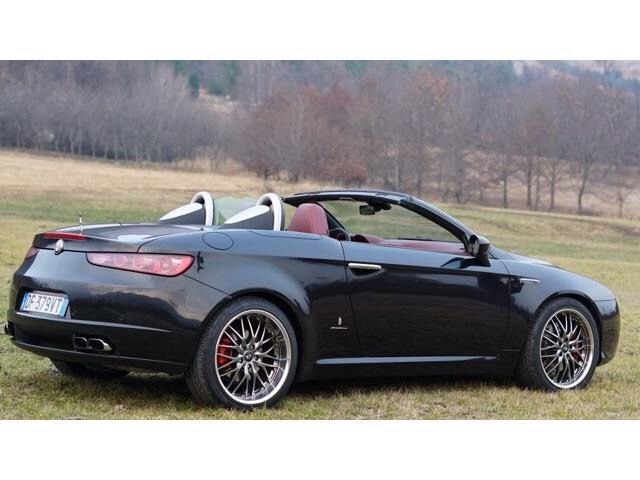 25 best ideas about alfa romeo spider on pinterest alfa romeo fiat alfa romeo and alfa romeo. Black Bedroom Furniture Sets. Home Design Ideas