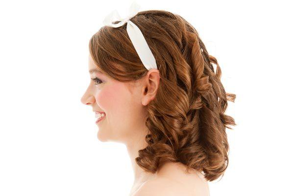 Retro ringlets with a cute ribbon headband. | Vintage ...