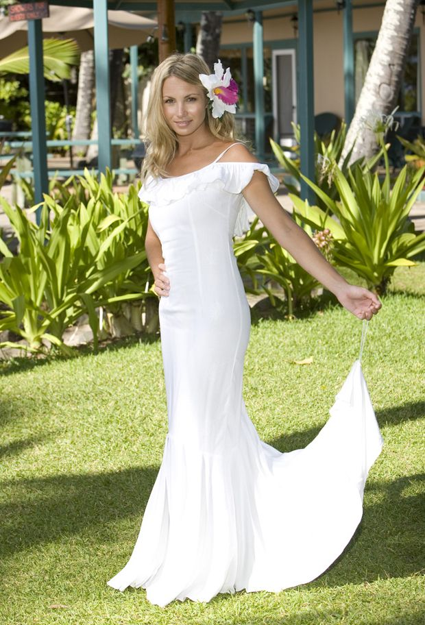 12 best Hawaiian Wedding Dress images on Pinterest | Short wedding ...