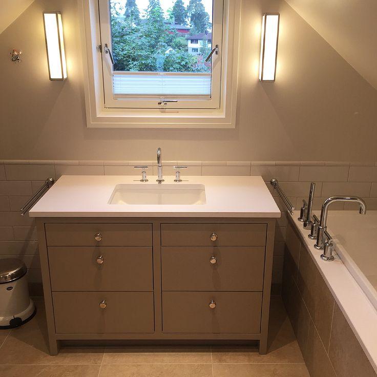 Levert av Lenngren Naturstein - Baderom inspirasjon | design | innredning | hvit kompositt servant - Bathroom inspiration | ideas | Silestone