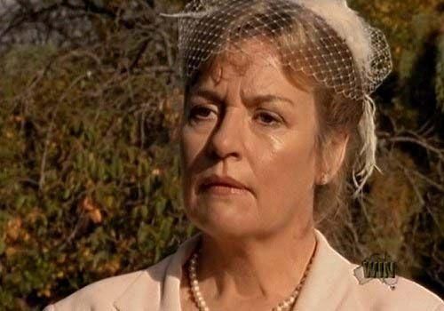 Catherine Wilkin as Liz Ryan