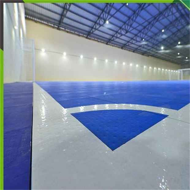 indoor interlocking futsal court flooring in Singapore  Image of indoor interlocking futsal court flooring in SingaporeWe are provide services for Tennis Courts Construction, these are manufactured using utmost grade raw material and modern technology.  More:  https://www.topflooringsite.com/blog/indoor-interlocking-futsal-court-flooring-in-singapore.html