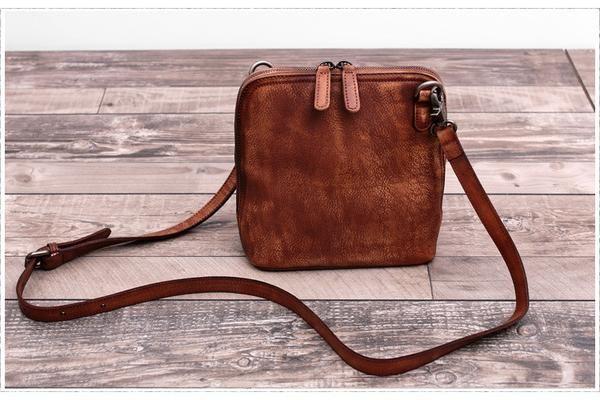 Vintage Women Leather Cross body Bag Shell Bag WF 74 - ArtofLeather