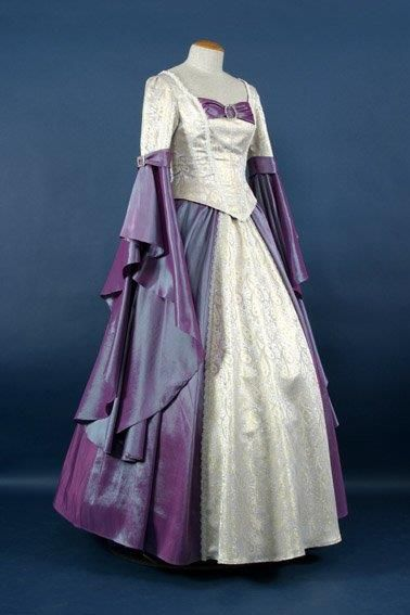 Женское платье 18 века составляющие