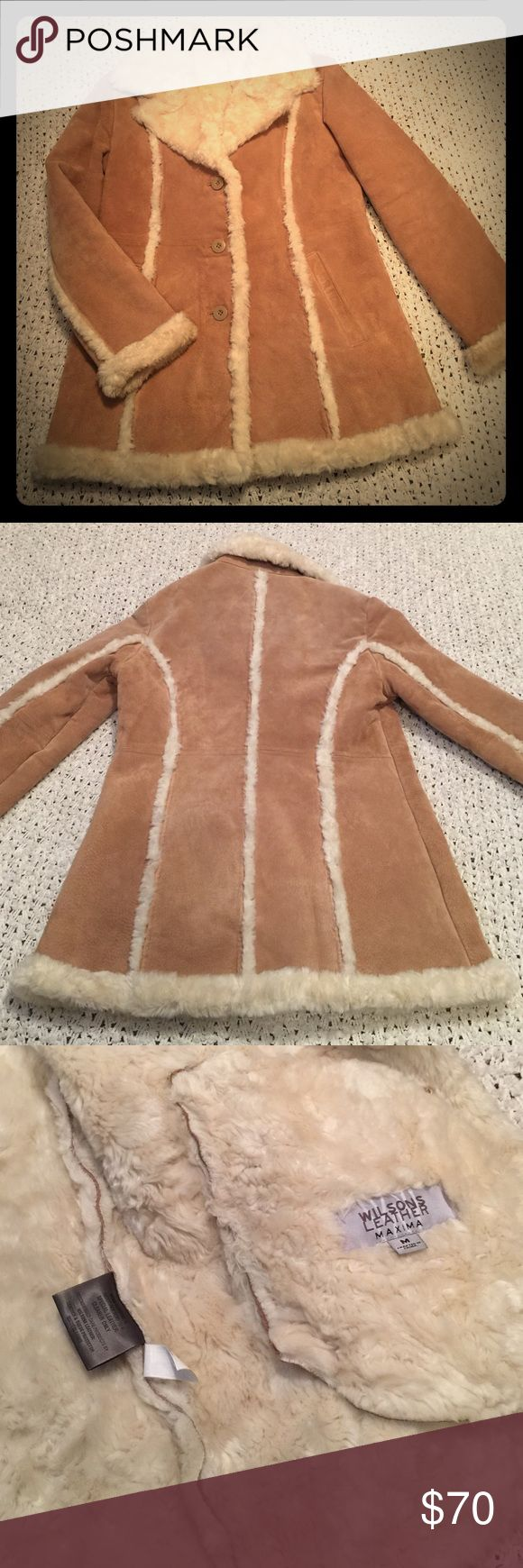 Wilsons Leather Coat Heavy duty super warm coat! Tan leather with fur lining and inside. Size medium. Wilsons Leather Jackets & Coats