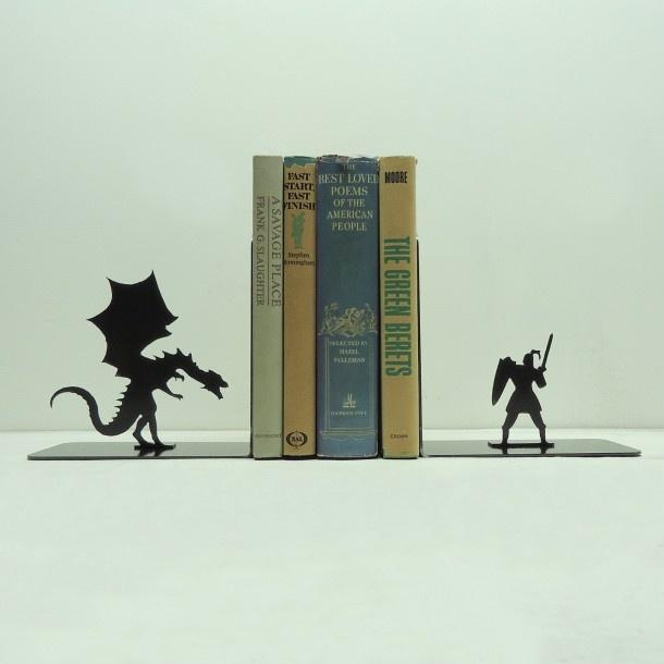 Escoradores de Livros - 06