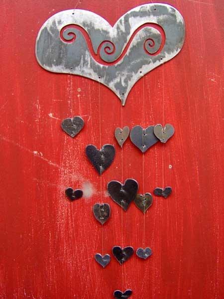 Windchimes!Heart Pinboard, Decor Hanging, Heart Windchimes, Windchimes Suncatchers, Windchimes Ideas, Art Heart, Inspiration Windchimes, Wind Chimes, Metals Gardens Art