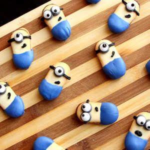 Best 25 Minion Cookies Ideas On Pinterest Yellow Minion
