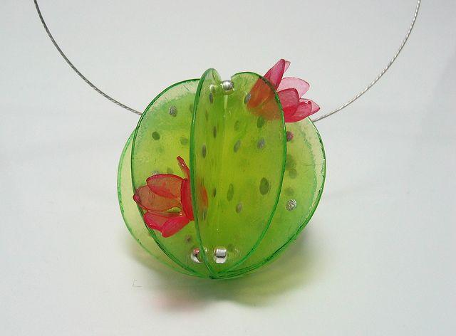 mein kleiner grüner Kaktus | Flickr - Photo Sharing!  Made using Translucent Pardo Art Clay.