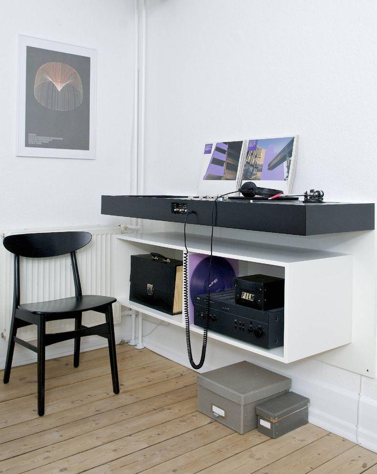 turntable console - Ulrik Bebe                                                                                                                                                     More