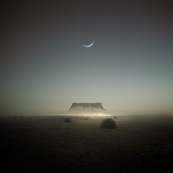 .Photos, Surrealism Art, Favorite Places, Inspiration Photography, Michal Karcz, Surrealism Scene, Landscapes, Girls Style, The Moon
