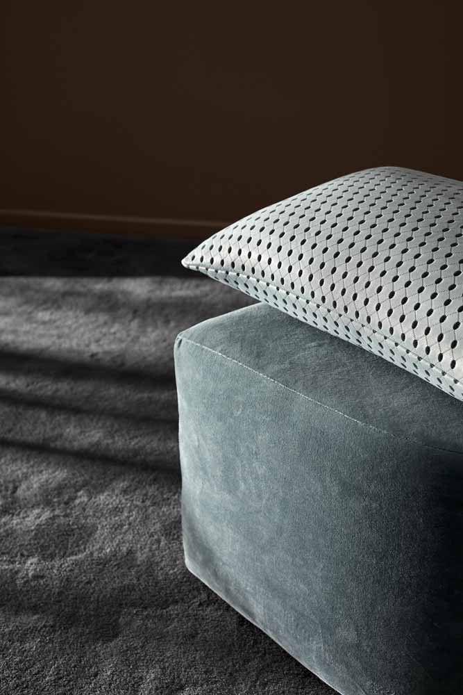 18 besten kissen decken bilder auf pinterest sch ner wohnen couches und betten. Black Bedroom Furniture Sets. Home Design Ideas