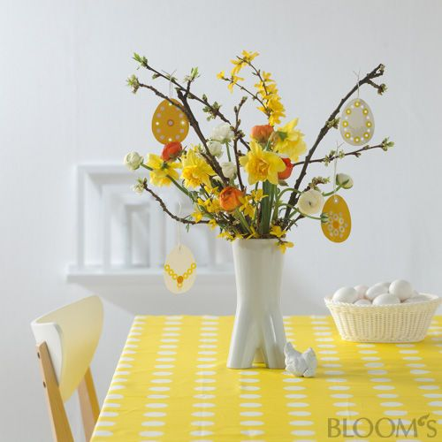 colorful easter table blooms album