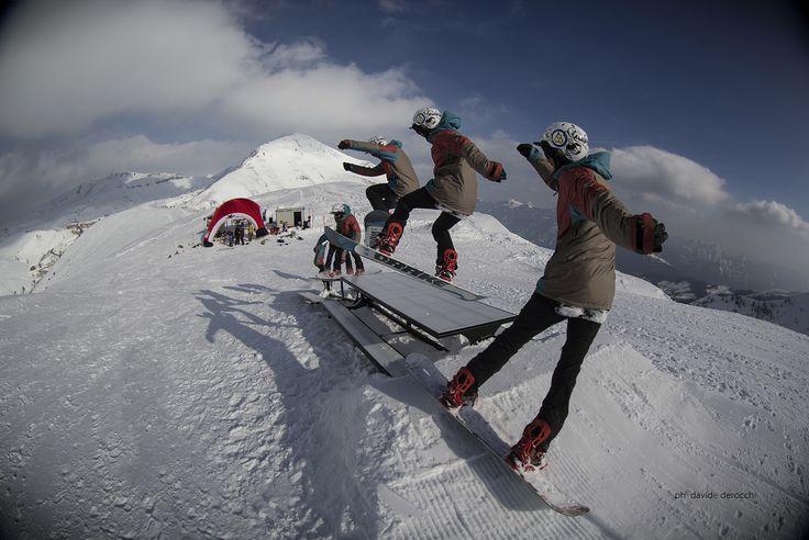 Kawabonga Snowpark -DueeffeShop Team - FS 270in Hardway -Omar E