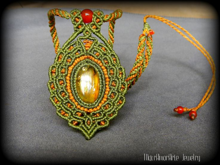 Mexican Amber macrame necklace. Natural Amber. by MacrAmorArt