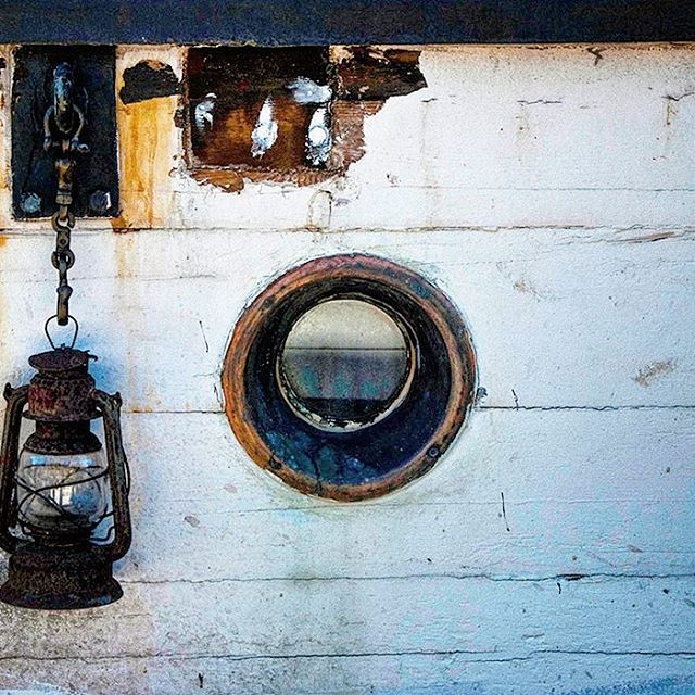 O #o #circle #round #oblo #boat #lantern #glass #wood #dock #pier #white #vintage #travel #turism #scandinavian #sweden #sea #river #photo #photography #photography #manumarra #tbt #picoftheday #instalike #instatravel #instagood #instadaily #instago #beautiful