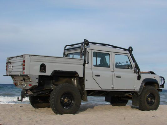 Leserauto Land Rover Defender 130 Crew Cab: Last-Kraft-Wagen (Bildergalerie, Bild 8) - AUTO MOTOR UND SPORT