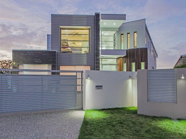 Ultra modern luxury mansion in qld australianhomes for Holiday home designs australia