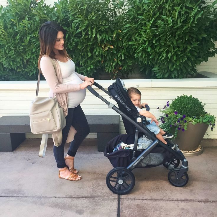 Strolling in style with UPPAbaby VISTA Cute baby