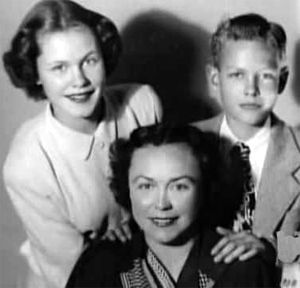 Elizabeth Montgomery, her brother Robert Montgomery Jr. (Skip) and their mom Elizabeth Bryan Allen ca 1949