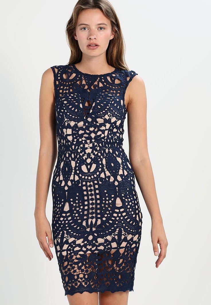 Love Triangle Sukienka koktajlowa z koronki  #suskienka #sukienki #moda #fashion #dresses #vestidos #kleider #abendkleider #plus #size #plusszie #wieczorowa #studniówka #wesele #sylwester #sukienkanasylwestra #koronka #sukienkazkoronki #koronkowasukienka