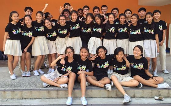 Singapore Mayflower Secondary SchoolMayflower Sec Sch Uniforms Watch this: A Singapore School Girl Undresses to Save t...