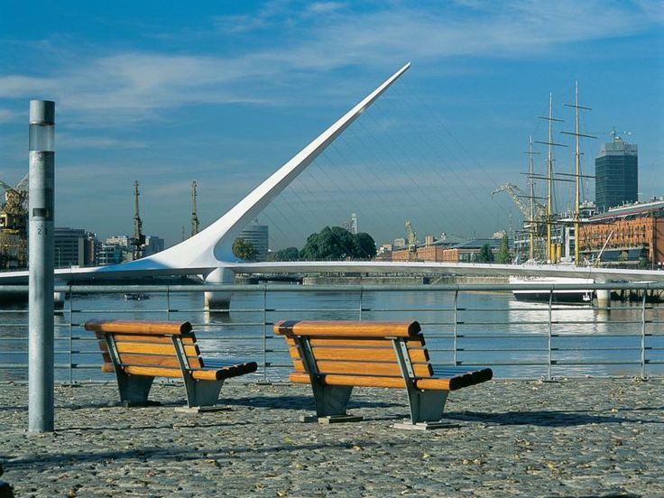 Ciudad Autónoma de Buenos Aires - Puerto Madero, Puente de la mujer, Más info de viajes en www.facebook.com/viajaportupais
