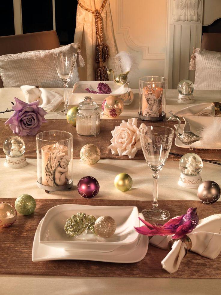 Surprinde-ti invitatii cu o masa decorata intr-un stil diferit. #kikaromania #glob #brad #accesorii #decoratiuni #iarna #Craciun #MosCraciun #zapada #emotie #lumanari #masafestiva #vesela #pahare