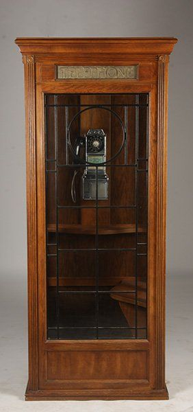 """COMMUNICATIONS SKILLS"" ILLUMINATED OAK TELEPHONE BOOTH VINTAGE PHONE : Lot 442"