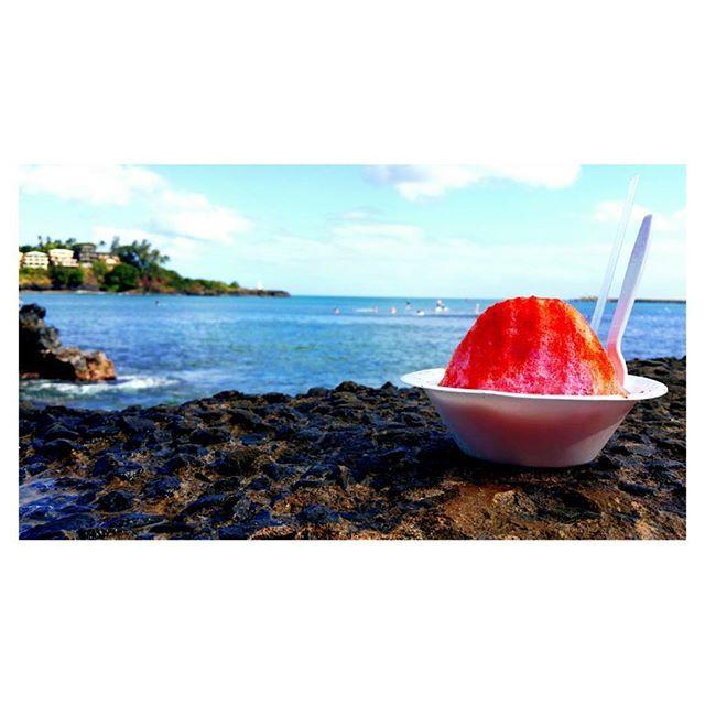 Kalapaki shaved ice is a must in Nawiliwili • Kauai, Hawaii  #hawaii #travel #kauai #kalapakishavedice #hawaiistagram #wanderlust #swimineveryocean #picoftheday #placestosea #princesscruises #rubyprincess #comebacknew
