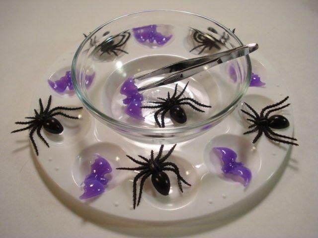 Lovení pavouků - procvičování jemné motoriky
