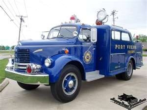 us Port Vue,PA REO F-20 Rescue Squad 1953. (Kept in pristine condition by private owner. One of more beautiful pieces of its class and time …)