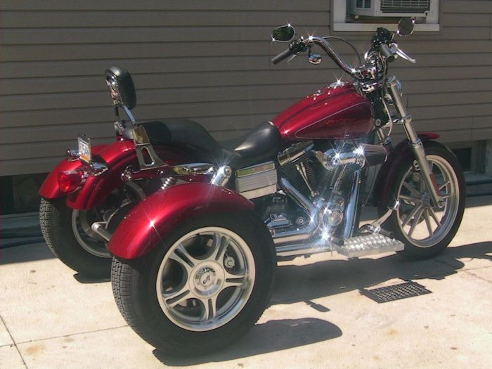 Motorcycle trike picture of a 2006 Harley-DavidsonDyna Glidew/Champion Trike Kit